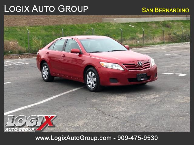 2011 Toyota Camry LE 6-Spd AT - Bloomington #R130627